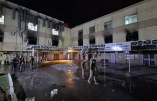Bağdat'ta hastanede yangın: En az 35 can kaybı