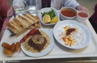 Tomraza Develet Hastanesi Yemekleri İle Taktir Topluyor