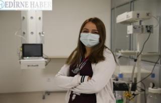 Doktor ve genç olmama rağmen iki kez hastalığa...