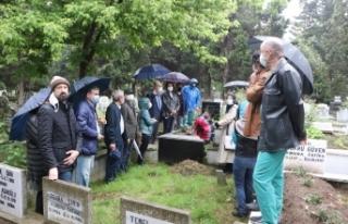 Görevi başında öldürülen Dr. Furtun mezarı...