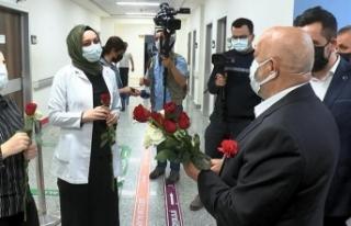 HAK-İŞ genel başkanından, sağlık çalışanlarına...