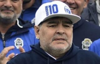 Maradona'nın ölümüne ilişkin 7 sağlık çalışanına...