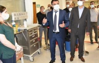 Sağlık Müdürü darp edilen sağlık çalışanlarını...