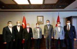 Sağlık Sen Yönetimi Bakan Yanık'I Ziayaret...