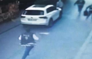 Silahını çaldıran polis dehşet saçtı!