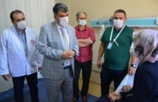 Yeni Atanan Saglik Müdürü Ayaginin Tozuyla Hastalari...