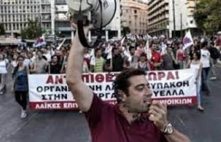 Yunanistan'da sağlık çalışanları iş durdurma...