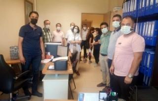 Devlet Hastanesi'nde sağlıkçılar bayramlaştı