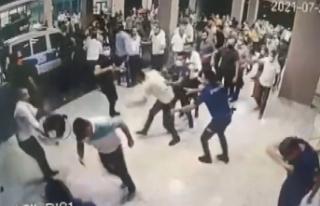 Hasta yakınları polis ve sağlıkçılara saldırdı