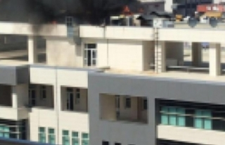İl sağlık müdürlüğü binasında çıkan yangın...