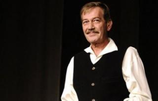 Ünlü Tiyatrocu Ferhan Şensoy hayatını kaybetti