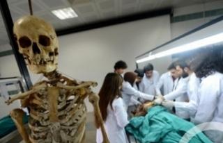 YÖK'ten tıp eğitimini yarıda bırakanlar...