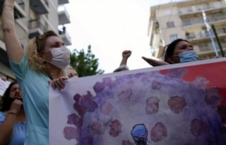 Aşı yaptırmayan 7 bin sağlık çalışanı görevinden...