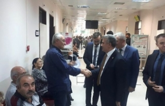 Vekil Edremit Devlet Hastanesi'nde incelemelerde bulundu.
