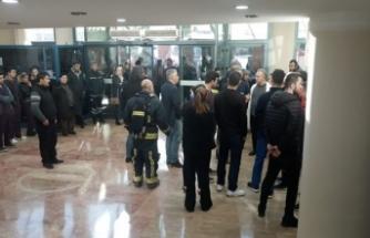 Hastanede küçük çaplı yangın paniğe yol açtı