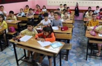 BK Üyesi: Vakalar böyle giderse, okulların açılması zor