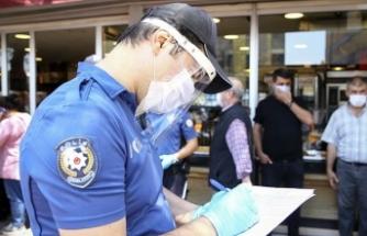 Mahkeme, 'polisin yetkisi yok' dedi ve maske cezasını iptal etti