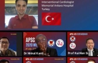 Dünya'da 23 Doktora Verilen FAPSC Ödüllerinden Biri Türk Doktora da Verildi