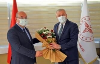 Yeni Atanan Sağlık Müdürü Jet Hızıyla Göreve Başladı