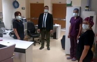 Virüs tedavisi tamamlanan Sağlık Müdürü görevine başladı
