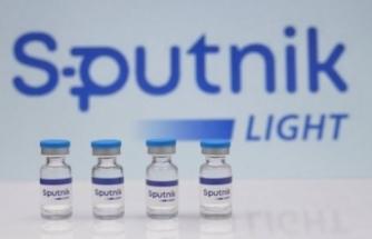 Putin: Sputnik aşısı Kalaşnikof kadar güvenilir