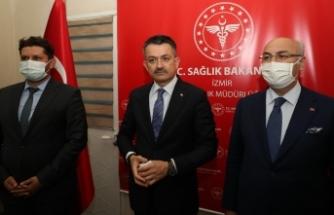 Bakan Pakdemirli,İzmir'de İl Sağlık Müdürlüğünü ziyaret etti