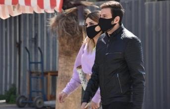 Bu Hastaneye Siyah Maske İle Girmek Yasakladı