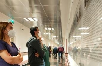 Sağlık çalışanları için 'saygı duvarı'