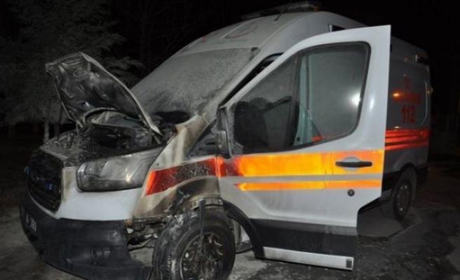 Ambulanslar Neden Yanıyor