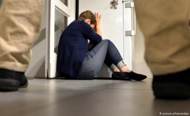 Eğitim düzeyi yüksek kadın daha fazla şiddet görüyor