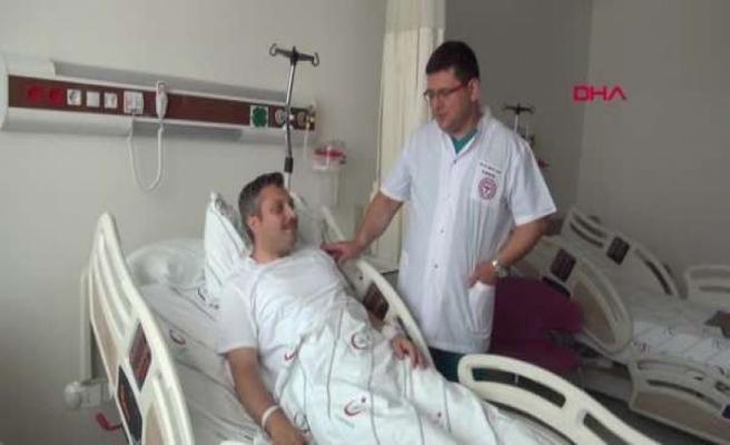 Doktor, Ameliyat Olacağı Saate Kadar Hasta Baktı