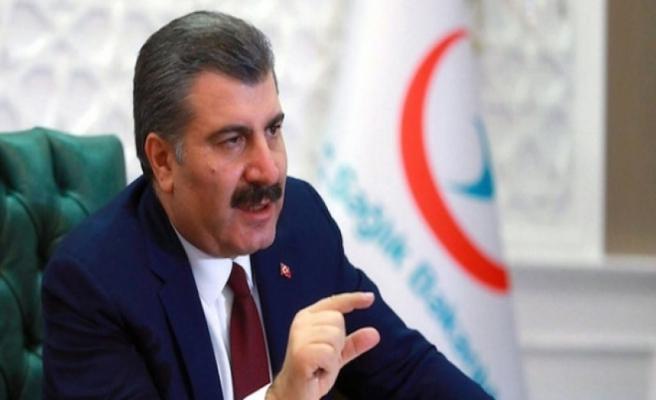 Sağlık Bakanı Fahrettin Koca,  öğrencilere yönelik  tavsiyelerde bulundu.