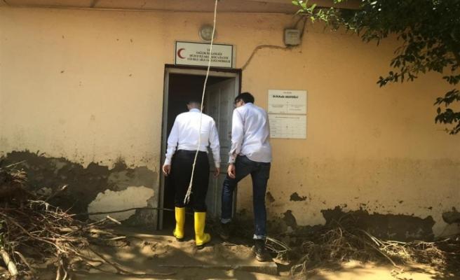 Akçakoca'da  yaşanan doğa olayından  sağlık tesislerinde etkilendi