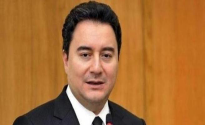 Ali Babacan, AK Parti'den istifa ettiğini duyurdu