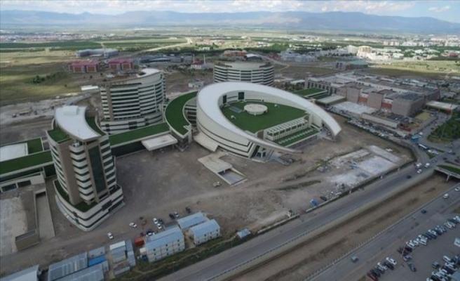 Erzurum ve Bursa'da Şehir Hastanelerinde Son Durum