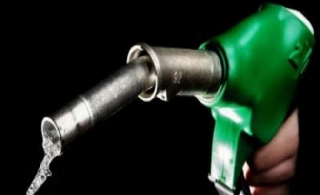 Benzine 18, motorine 32 kuruş indirim yapılacak