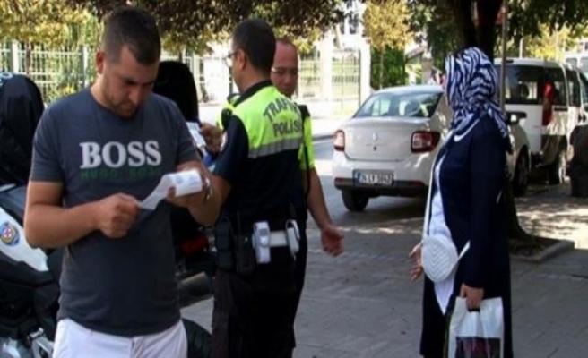 1 günde 20 yayaya 2 bin 160 TL para cezası kesildi