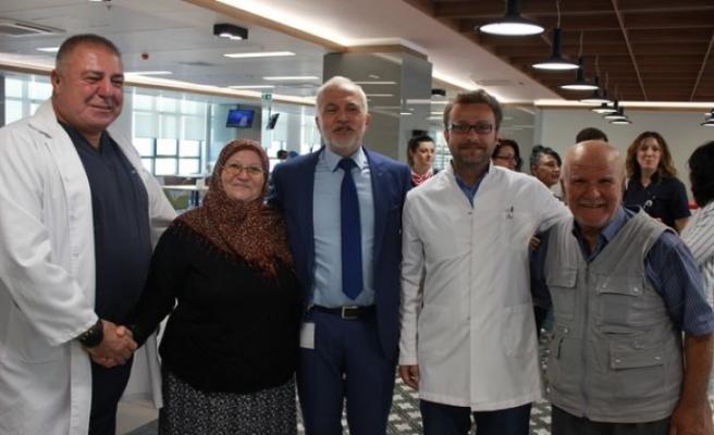 Şehir Hastanesinde 100'üncü açık kalp cerrahi ameliyatı kutlandı