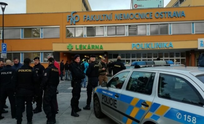 Hastanede silahlı saldırı: 4 ölü