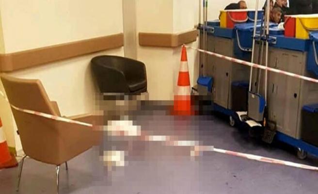 17 yaşındaki çocuklar hastanede birbirini bıçakladı