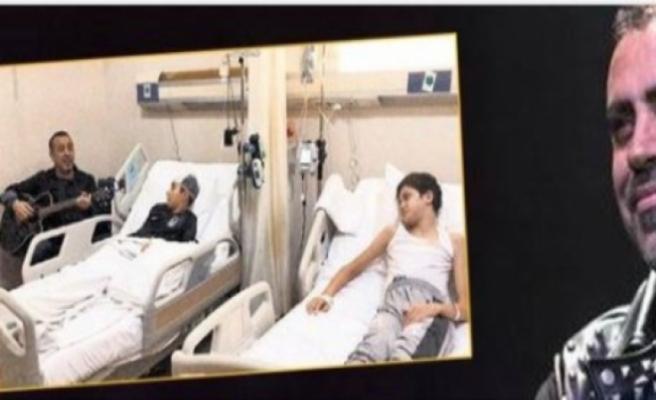 Hastanede Haluk Levent'i dinleyen Arda'nın annesi: Oğlum ilk kez gözlerini açtı