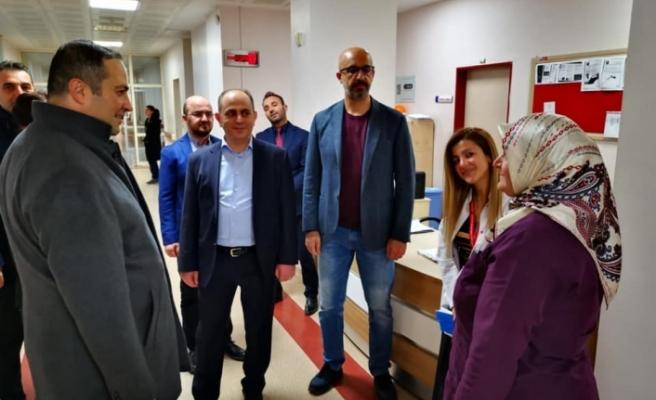 İl Sağlık Müdürü Yeni Yıla Çalışanlar ile birlikte Girdi