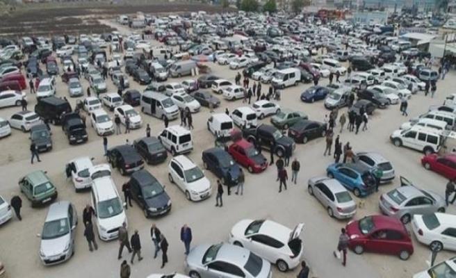Sıfır fiyatı uçtu, vatandaşlar 2. el oto pazarına akın etti