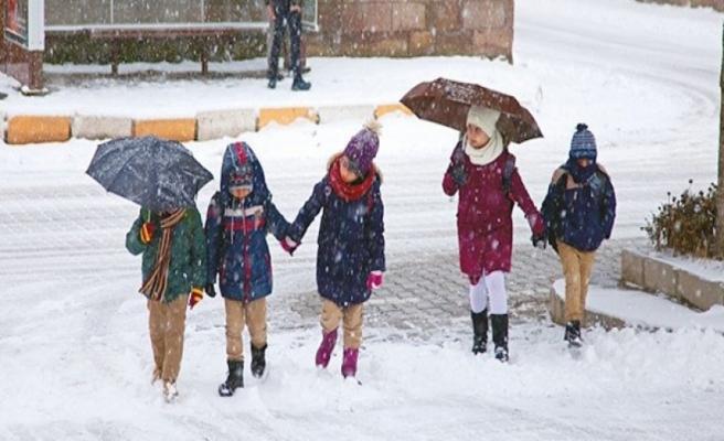 24 ilimizde okullara kar tatili