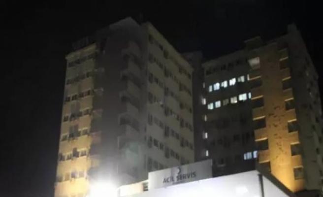 Hastane acili önünde silahlı kavga
