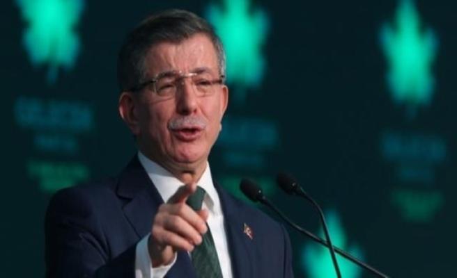Ahmet Davutoğlu'na en yakın isim gözaltında