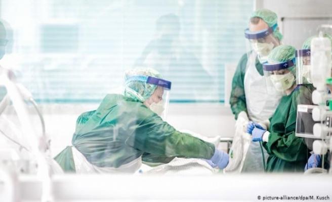 Almanya'da hemşire ve hasta bakıcılara korona ikramiyesi