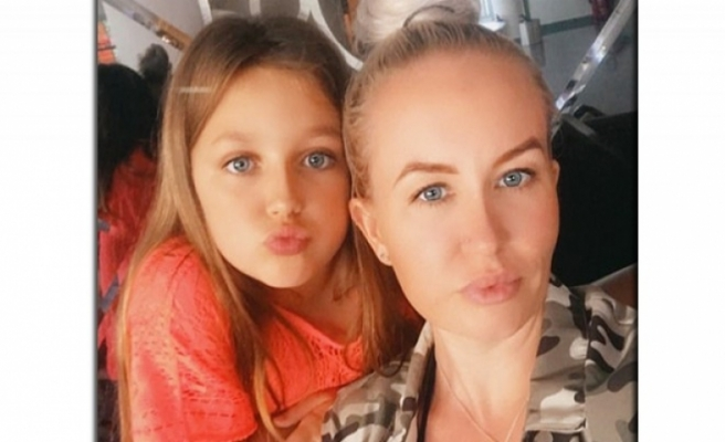 Tatile gelen İngiliz hemşire kızıyla mahsur kaldı