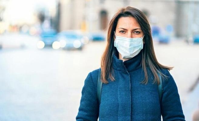 Testi negatif çıkan bazı kişiler, 'Artık maske takmama gerek yok' diyor'