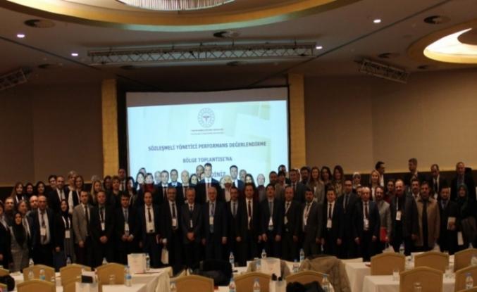 """""""Sözleşmeli Yönetici Performans Değerlendirme Bölge Toplantısı"""" Bolu'da yapıldı."""